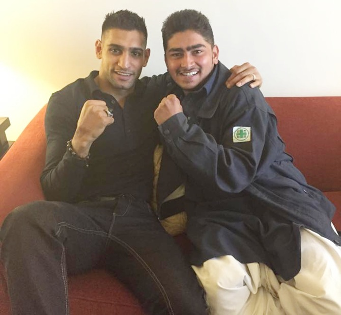 Boxer Amir Khan with his family