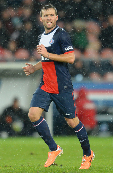 Yohan Cabaye of Paris Saint-Germain FC in action against FC Girondins de Bordeaux at Parc des Princes