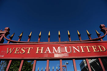 West Ham to sell Upton Park after Olympic move