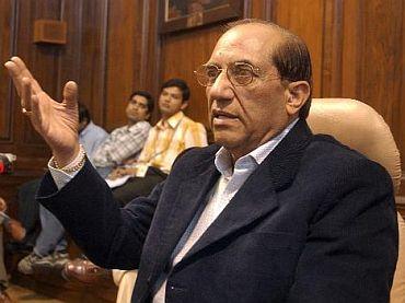 Let us focus on Asiad, CWG, says Former IOA President Malhotra