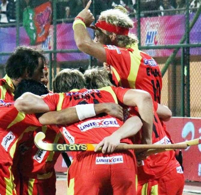 Ranchi Rhinos players celebrate