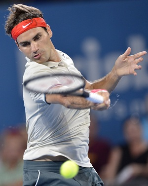 Refreshed Federer makes encouraging start to year