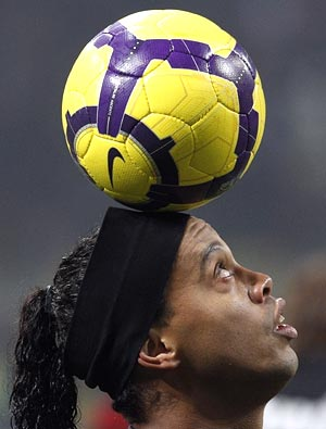 Ronaldinho voted South America's best