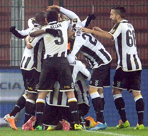 Italian Cup: Udinese shock Inter as Roma also advance