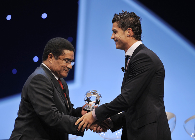 A file picture of Eusebio Cristiano Ronaldo (right)
