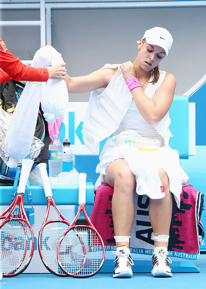 Sabine Lisicki of Germany cools off