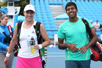 Katarina Srebotnik of Slovakia and Rohan Bopanna of India