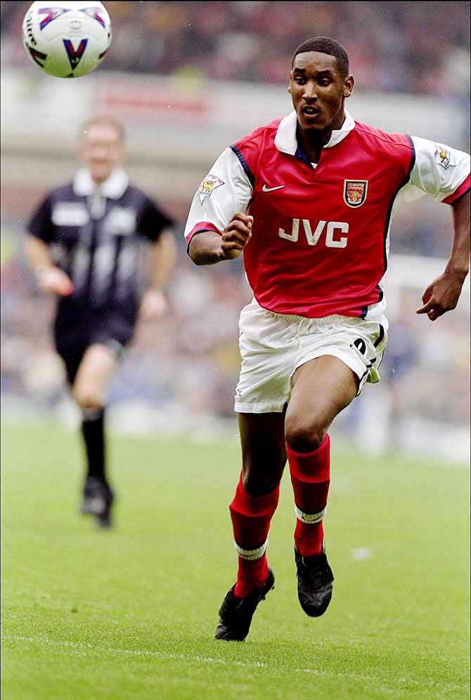 Nicolas Anelka playing for Arsenal
