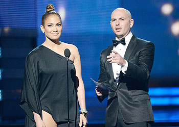 Singers Jennifer Lopez and Pitbull