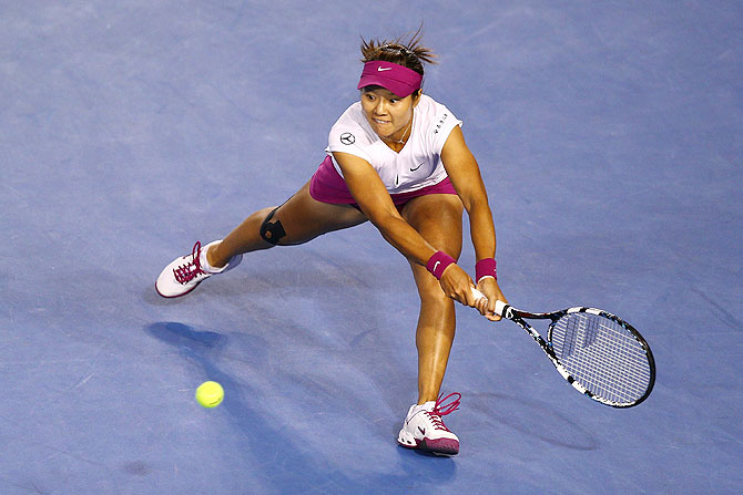 Li Na plays a backhand