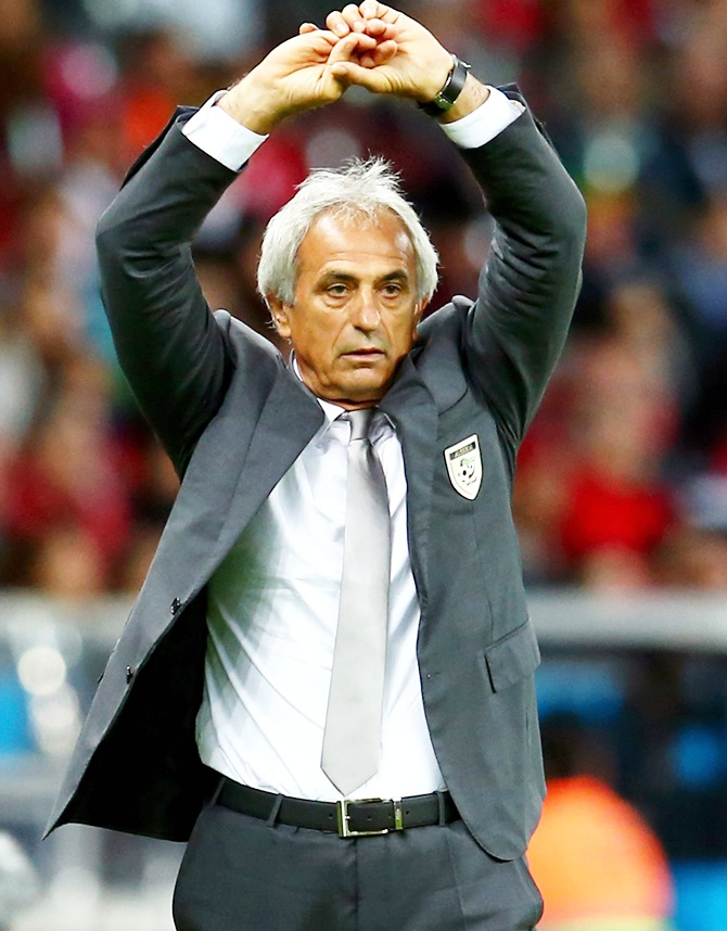 Head coach Vahid Halilhodzic of Algeria reacts