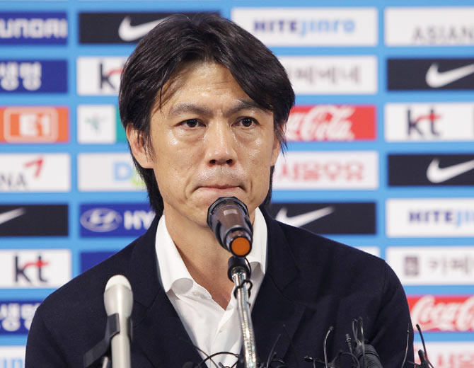 South Korean football head coach Hong Myung-Bo speaks during the news conference announcing his resignation on Thursday