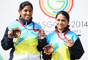 Chandela wins CWG gold in 10m Air Rifle, Paul gets silver