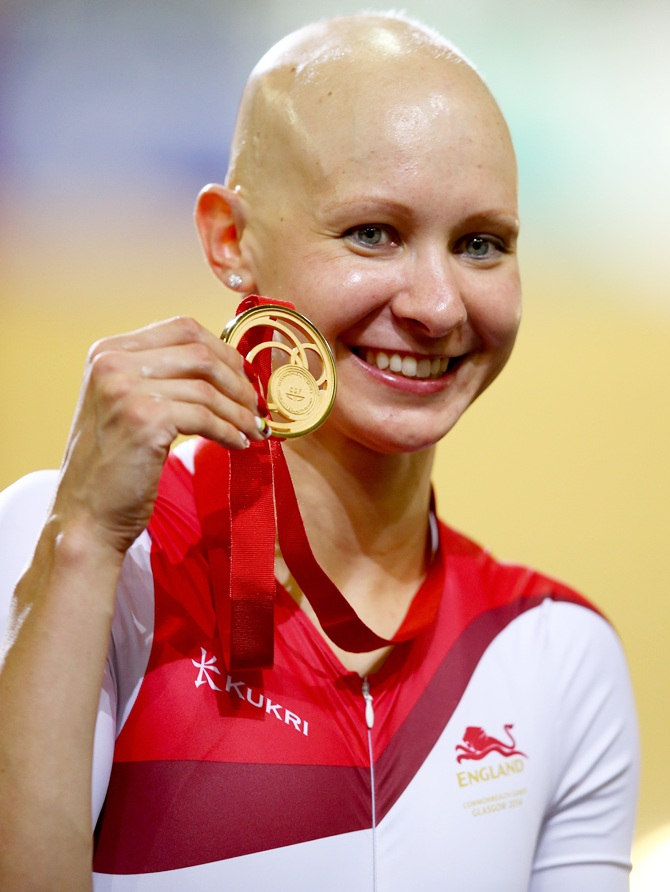 Joanna Rowsell of England poses with her Gold medal