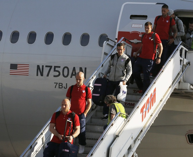 US team arrives