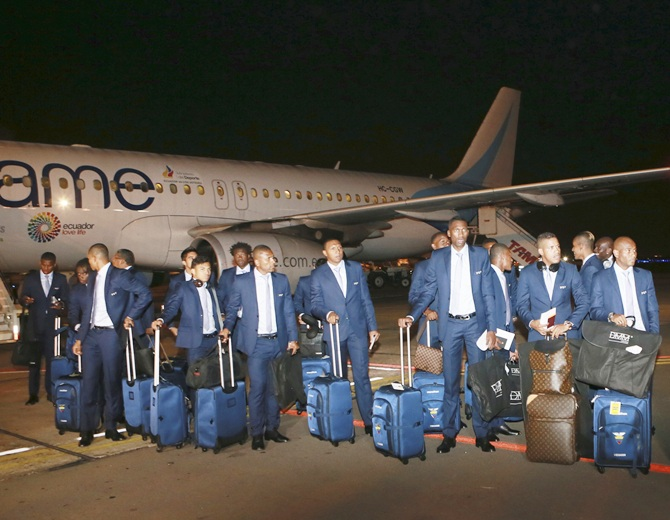 Ecuador's national soccer team arrives at the international airport in Porto Alegre