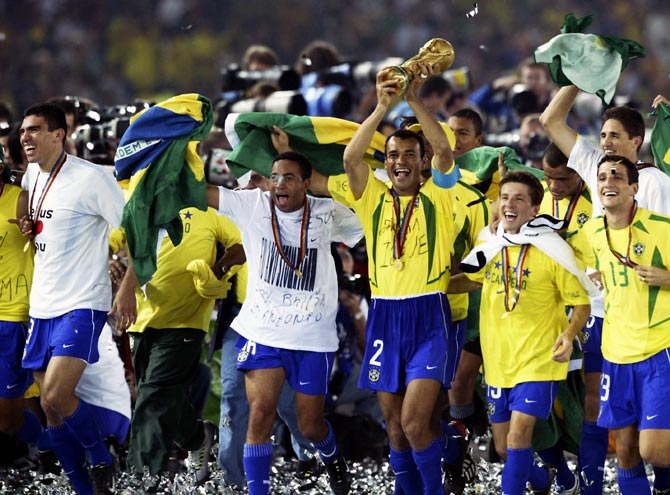 Brazil players celebrate winning the 2002 World Cup final match against Germany at the International Stadium Yokohama in Yokohama