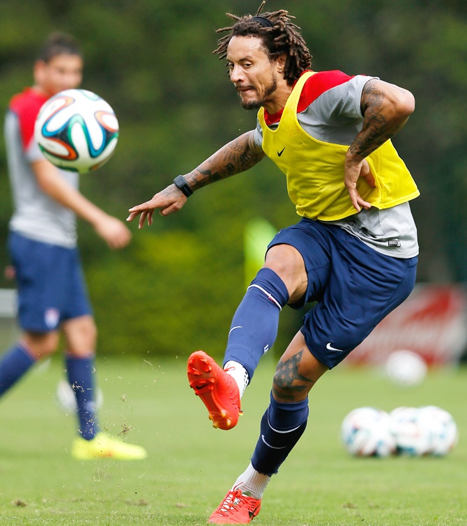 Jermaine Jones of the United States runs drills