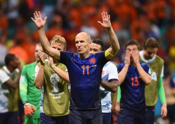 Arjen Robben acknowledges the fans after the Netherlands beat Spain in the 2014 FIFA World Cup match.