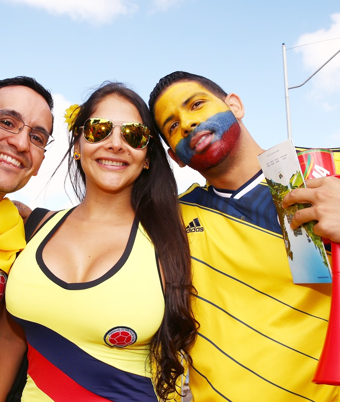Colombian fans enjoy