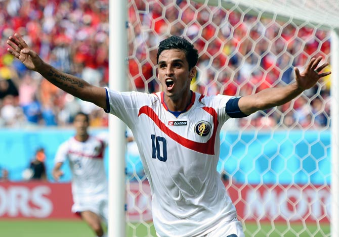 Bryan Ruiz of Costa Rica celebrates scoring his team's first goal