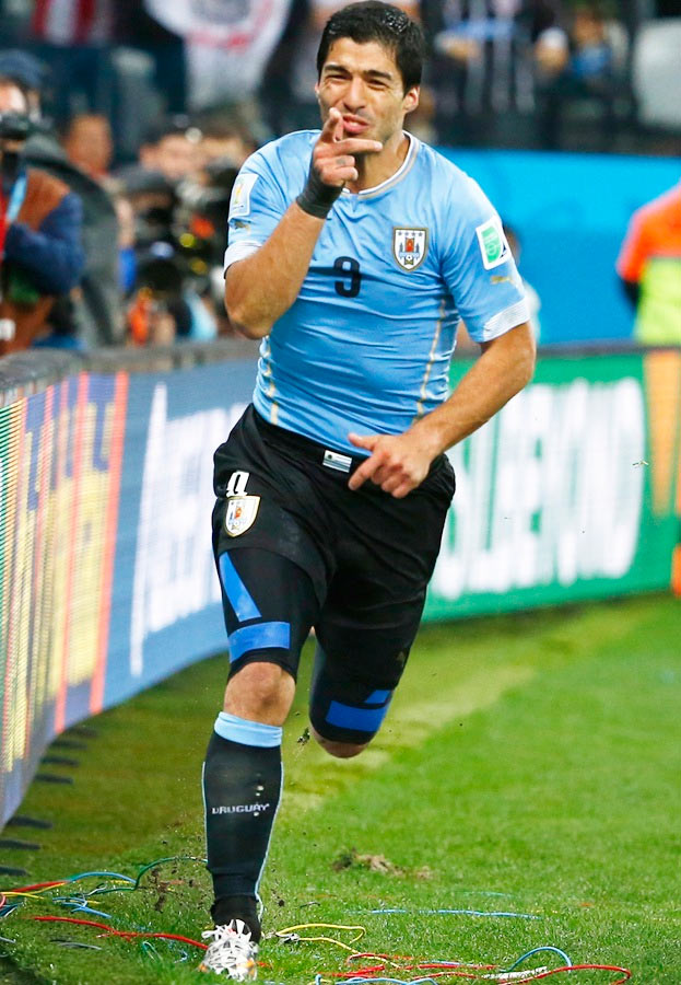 Uruguay's Luis Suarez celebrates