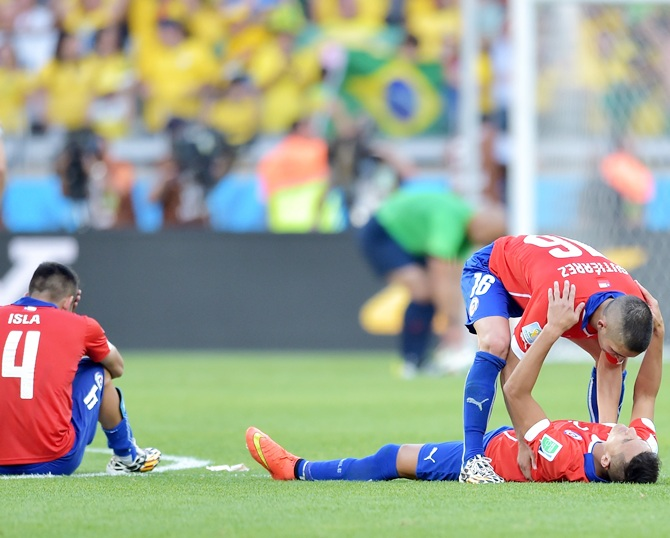 Chile players look dejected