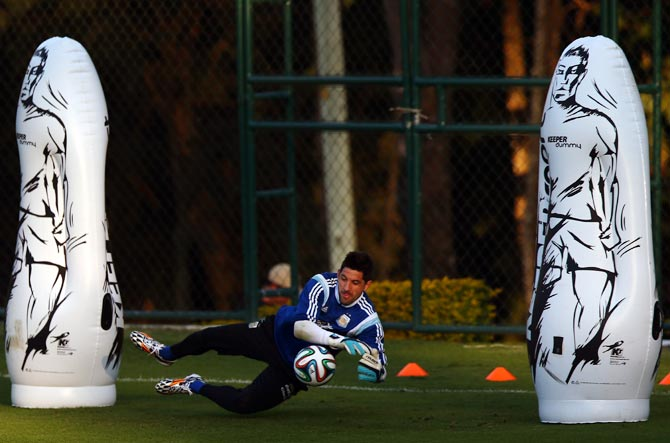 Argentina goalkeeper Agustin Orion during a training session