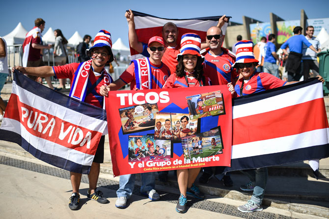 Costa Rican fans