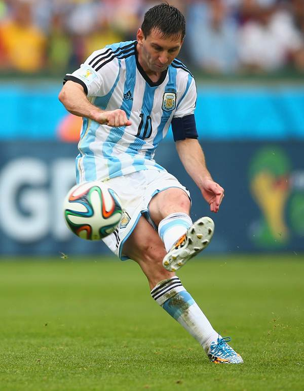 Lionel Messi scores Argentina's second goal and his second in the game against Nigeria