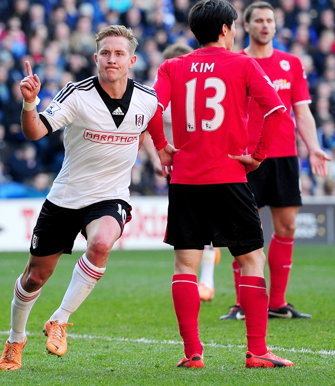 Lewis Holtby of Fulham celebrates after scoring the first Fulham goal.