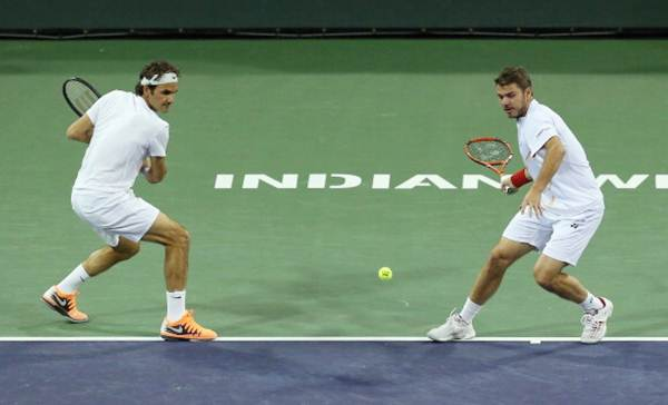 Roger Federer (left) and Stanislas Wawrinka