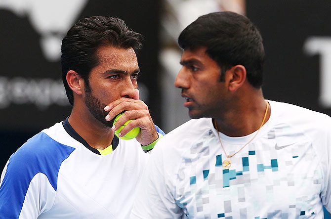 Aisam-Ul-Haq Qureshi of Pakistan and Rohan Bopanna of India