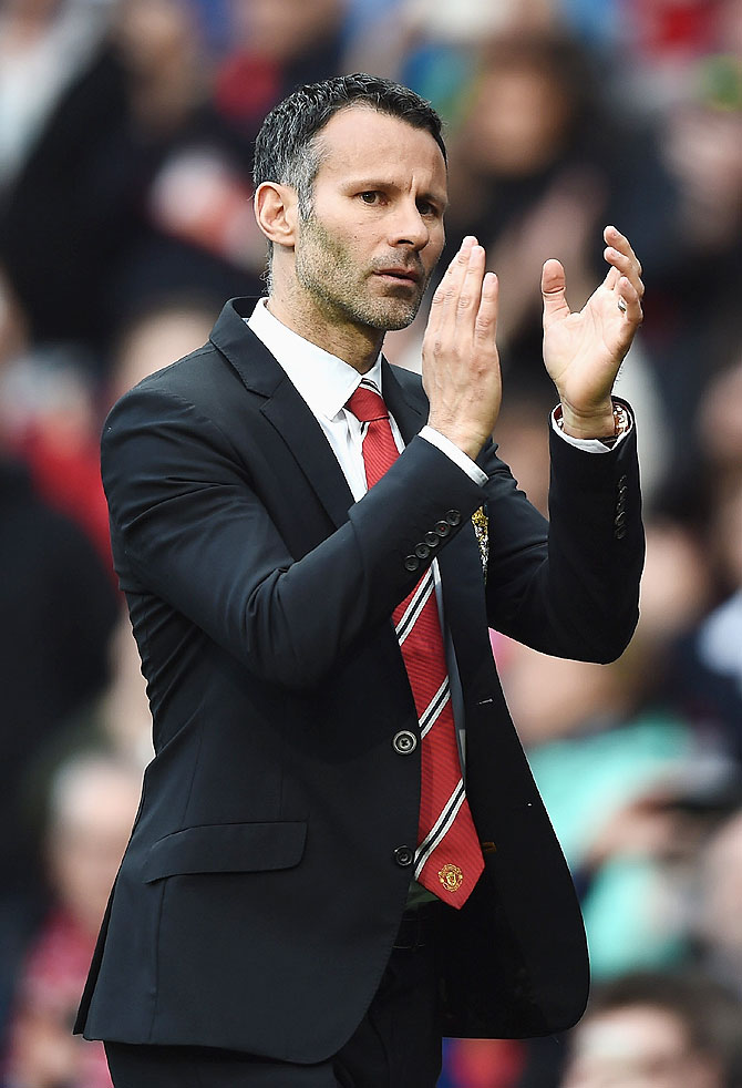Former players back inexperienced Giggs to lead United revival