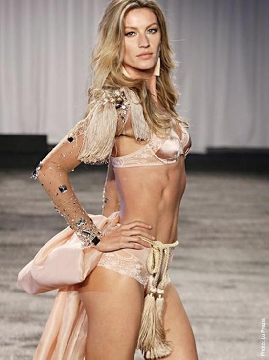 Model Gisele Bundchen walks the runway during the Victoria's Secret Fashion Show