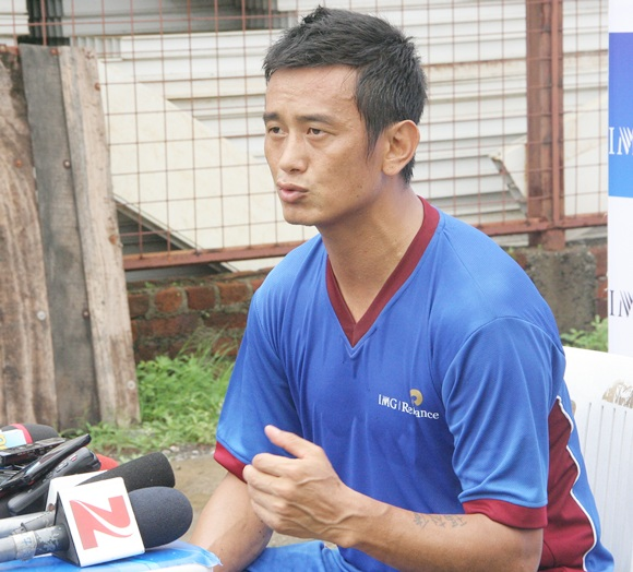 Rediff Sports - Cricket, Indian hockey, Tennis, Football, Chess, Golf - Bhutia wants better deal for home-grown footballers from ISL, I-League