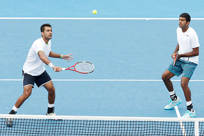 Rohan Bopanna of India and Aisam-Ul-Haq Qureshi of Pakistan