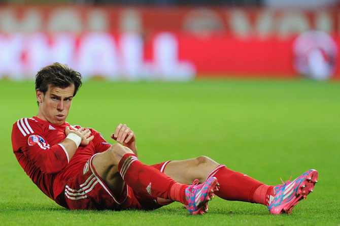 Rediff Sports - Cricket, Indian hockey, Tennis, Football, Chess, Golf - Gareth Bale doubtful for Real Madrid's Liverpool clash