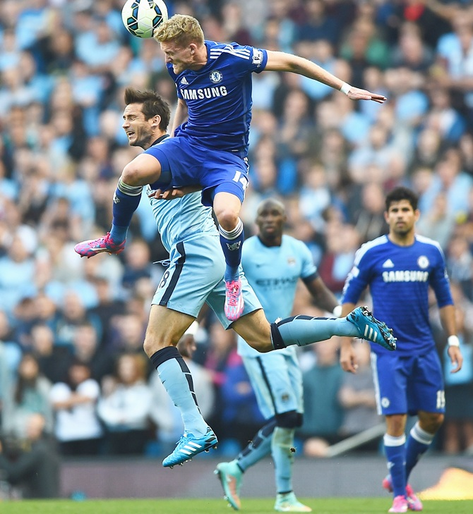 Rediff Sports - Cricket, Indian hockey, Tennis, Football, Chess, Golf - EPL player of the weekend: Lampard's dramatic goal haunts Chelsea