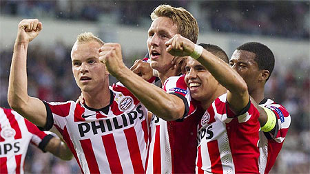 PSV Eindhoven players celebrate
