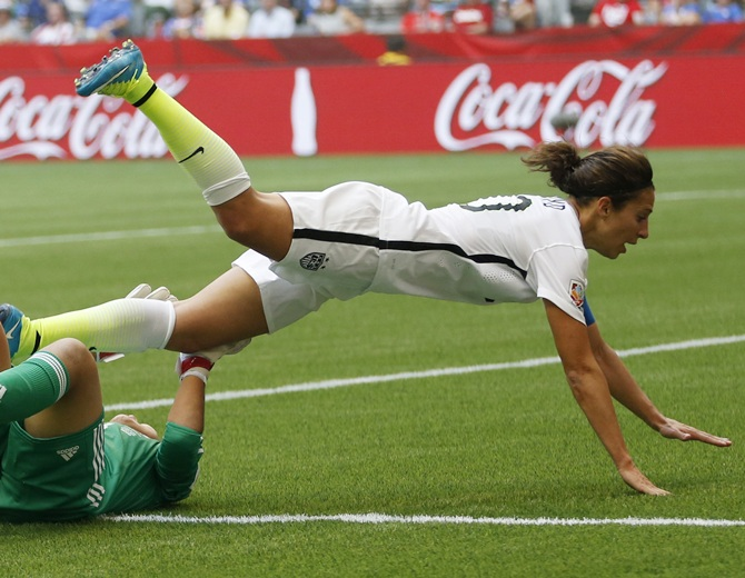 Rediff Sports - Cricket, Indian hockey, Tennis, Football, Chess, Golf - Who will win FIFA Women's Player of the Year? Tell Us!