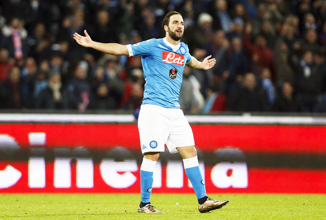 Rediff Sports - Cricket, Indian hockey, Tennis, Football, Chess, Golf - Higuain feels the wrath of Napoli fans over reported move to Juventus