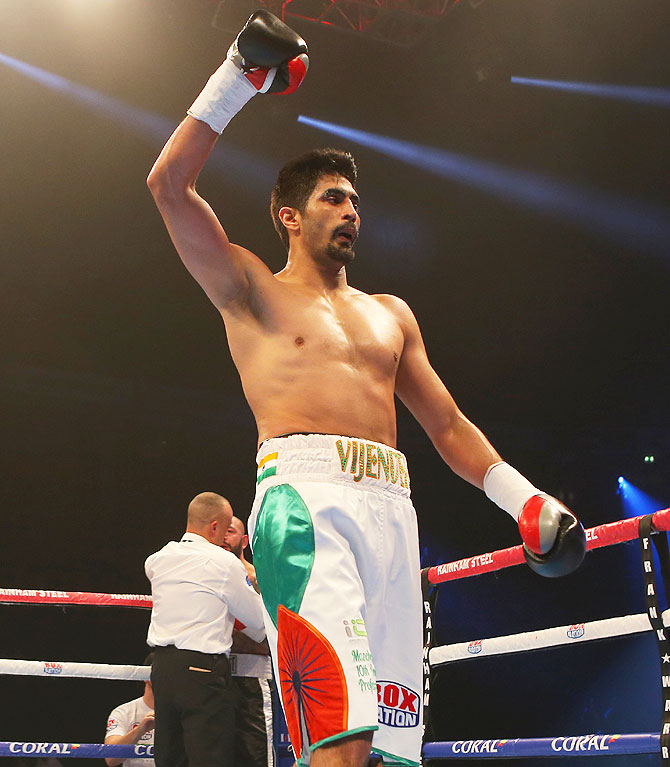 Rediff Sports - Cricket, Indian hockey, Tennis, Football, Chess, Golf - Unbeaten Vijender promises another knockout against Royer?