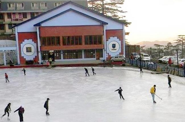 Biggest Backyard Ice Rink :  skills at Asias biggest outdoor ice skating rink  Rediffcom Sports