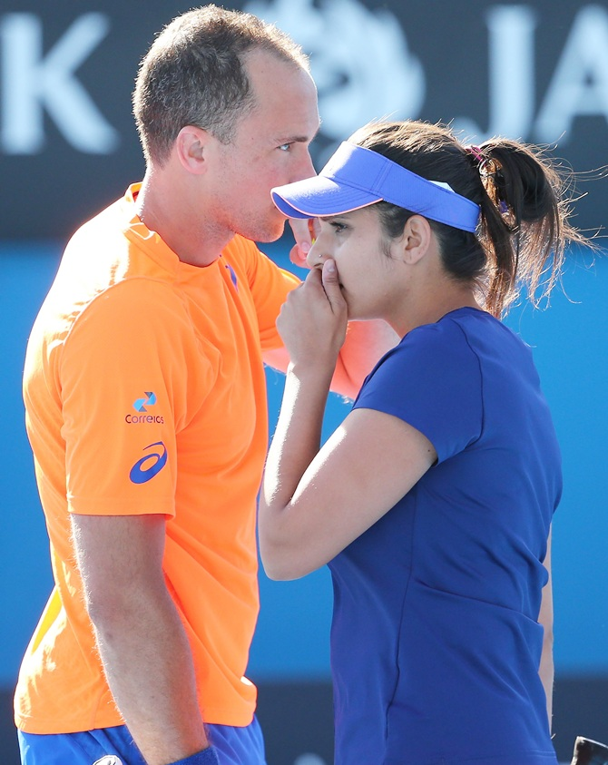Rediff Sports - Cricket, Indian hockey, Tennis, Football, Chess, Golf - Paes-Hingis in Aus Open final; Sania-Soares lose in semis