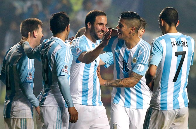 Rediff Sports - Cricket, Indian hockey, Tennis, Football, Chess, Golf - Copa America: Argentina hit Paraguay for six to make final