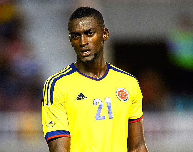 Rediff Sports - Cricket, Indian hockey, Tennis, Football, Chess, Golf - Atletico set to buy Colombia striker Martinez from Porto