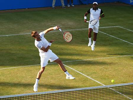 Dabiel Nestor (left) and Leander Paes