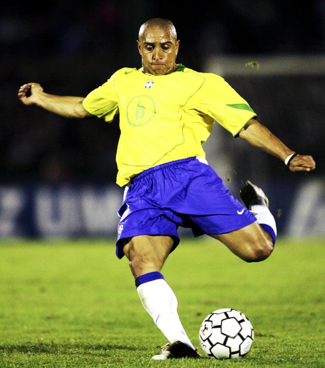 Roberto Carlos: ISL Buzzing As Brazil's World Cup Winner Carlos Set To