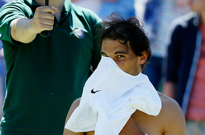 Slumping Nadal set for first slam-less year since 2005